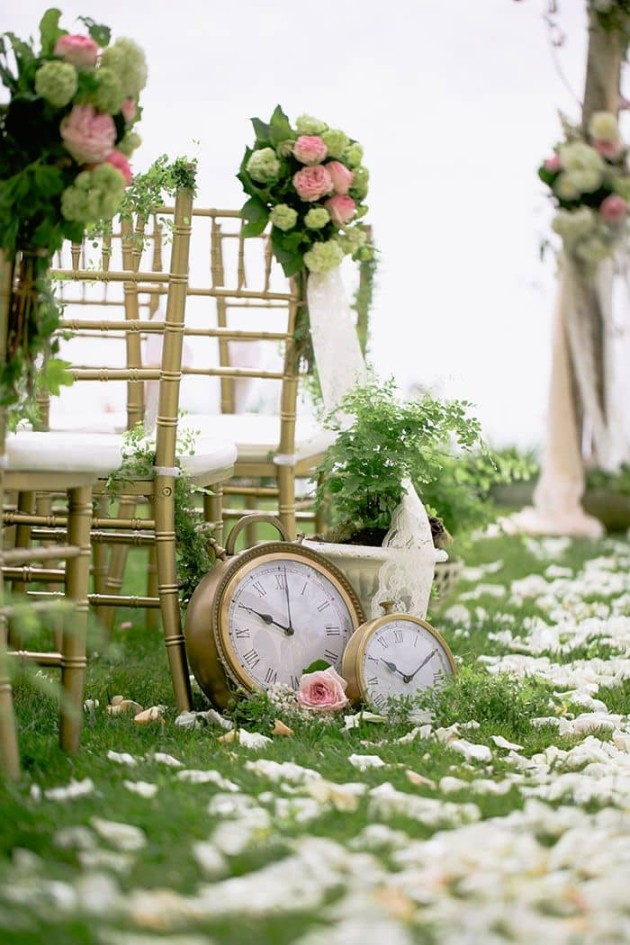 sedie e orologi