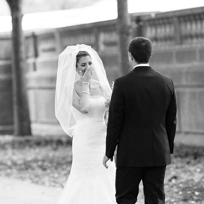 First-Look-Wedding-Photo-Ideas-Kina-Wicks