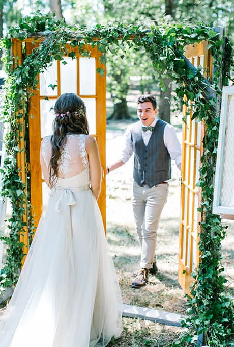 First-Look-Wedding-Photo-Ideas-Maria-Lamb