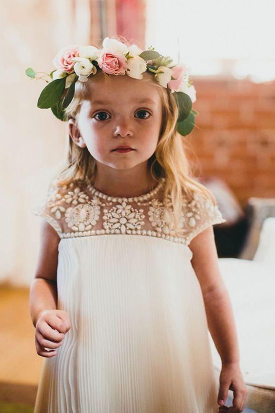 bambina corona floreale