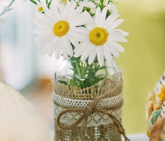 Matrimonio Tema Margherite : Matrimonio a pois frizzante vintage e delicato