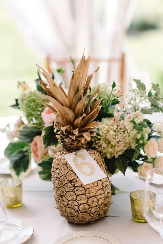 segnatavolo ananas