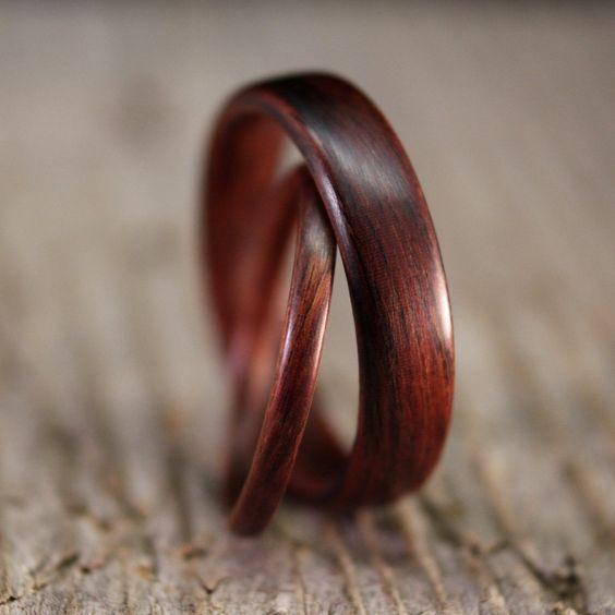 anelli matrimonio legno