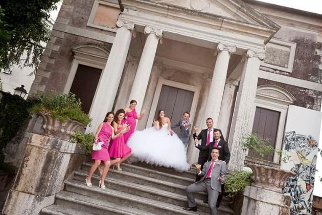 Sposi sulla scalinata