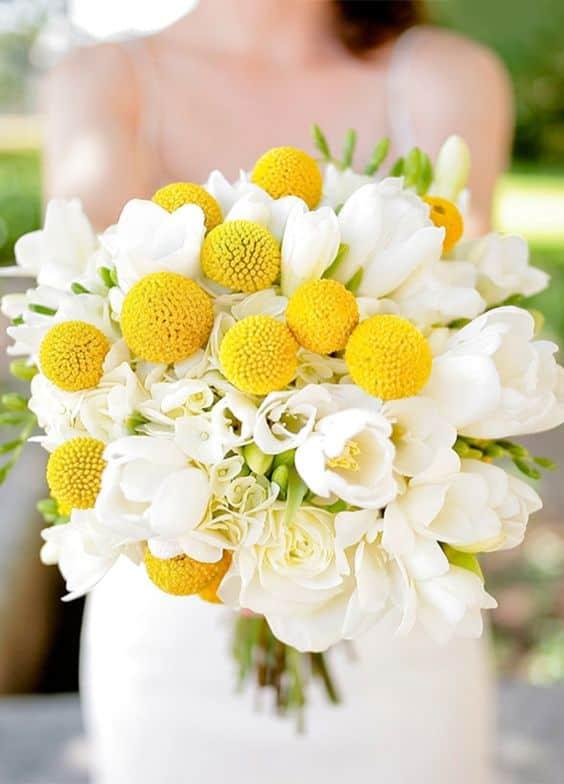 bouquet matrimonio craspedia